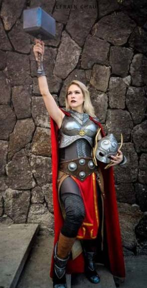 female thor cosplay